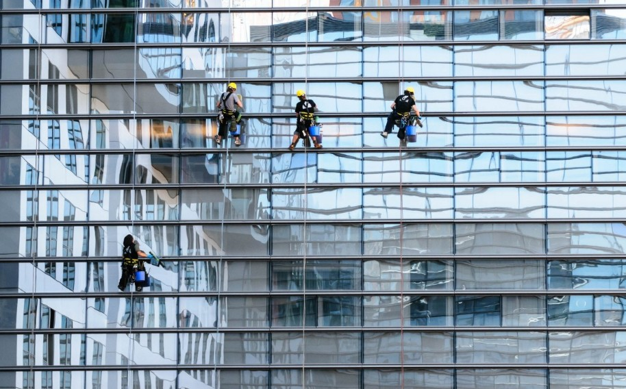 Window cleaning news and articles